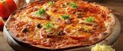 2x pizza dle vlastního výběru z hlavního jídelního lístku v italské restauraci Il Cavallo